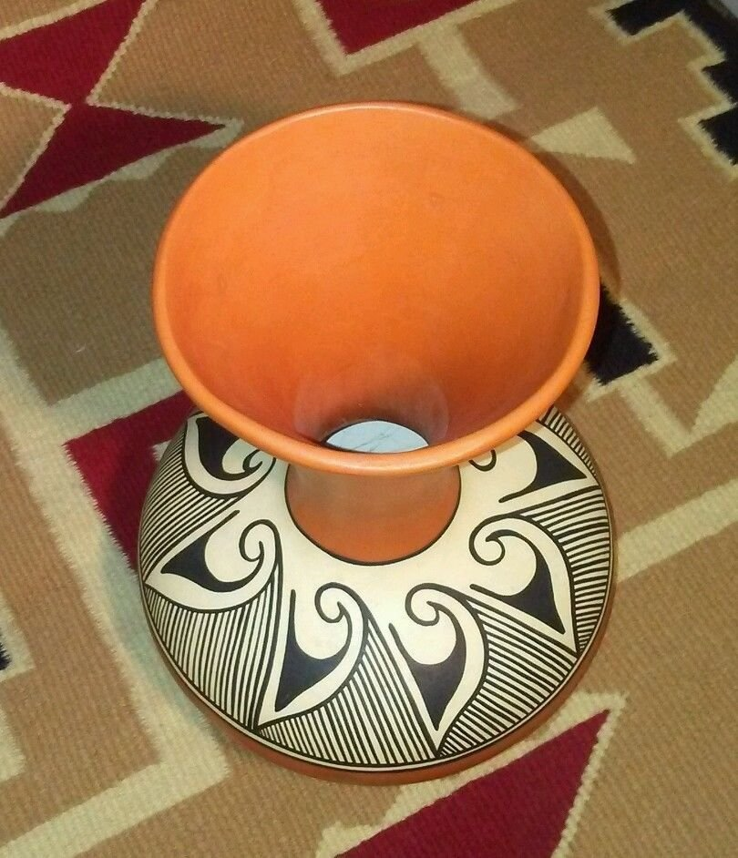 Native American Navajo Pottery Polychrome Vase - 2
