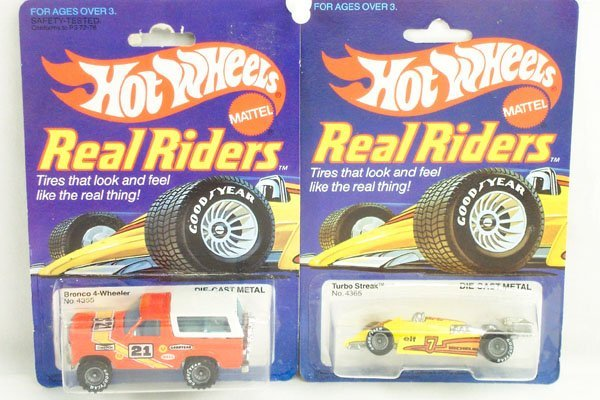 808: 2 Hot Wheels Real Riders Bronco & Turbo Streak
