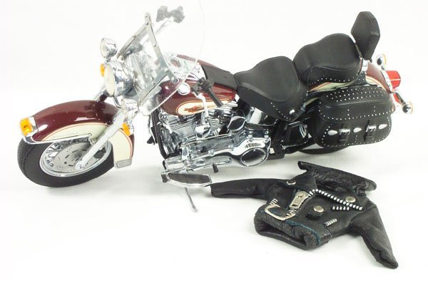 18: 1:10 Franklin Mint Harley Davidson Motorcycle