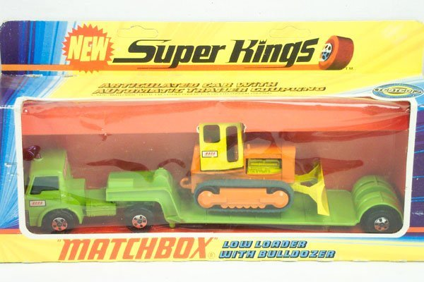 295: Matchbox Superkings SK-17 Low Loader & Bulldozer