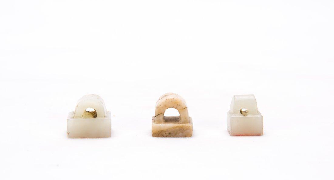 A Set Of Three Chinese White Jade Seals - 2