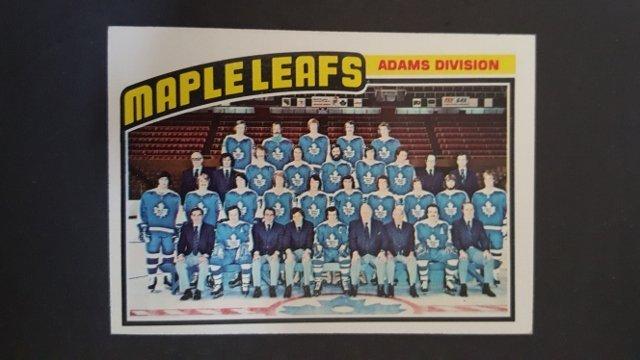 1976-77 Topps #147 Maple Leafs Team Checklist