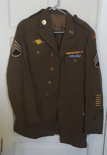 WWII SSGT Uniform With Pants,Jacket, & Hat
