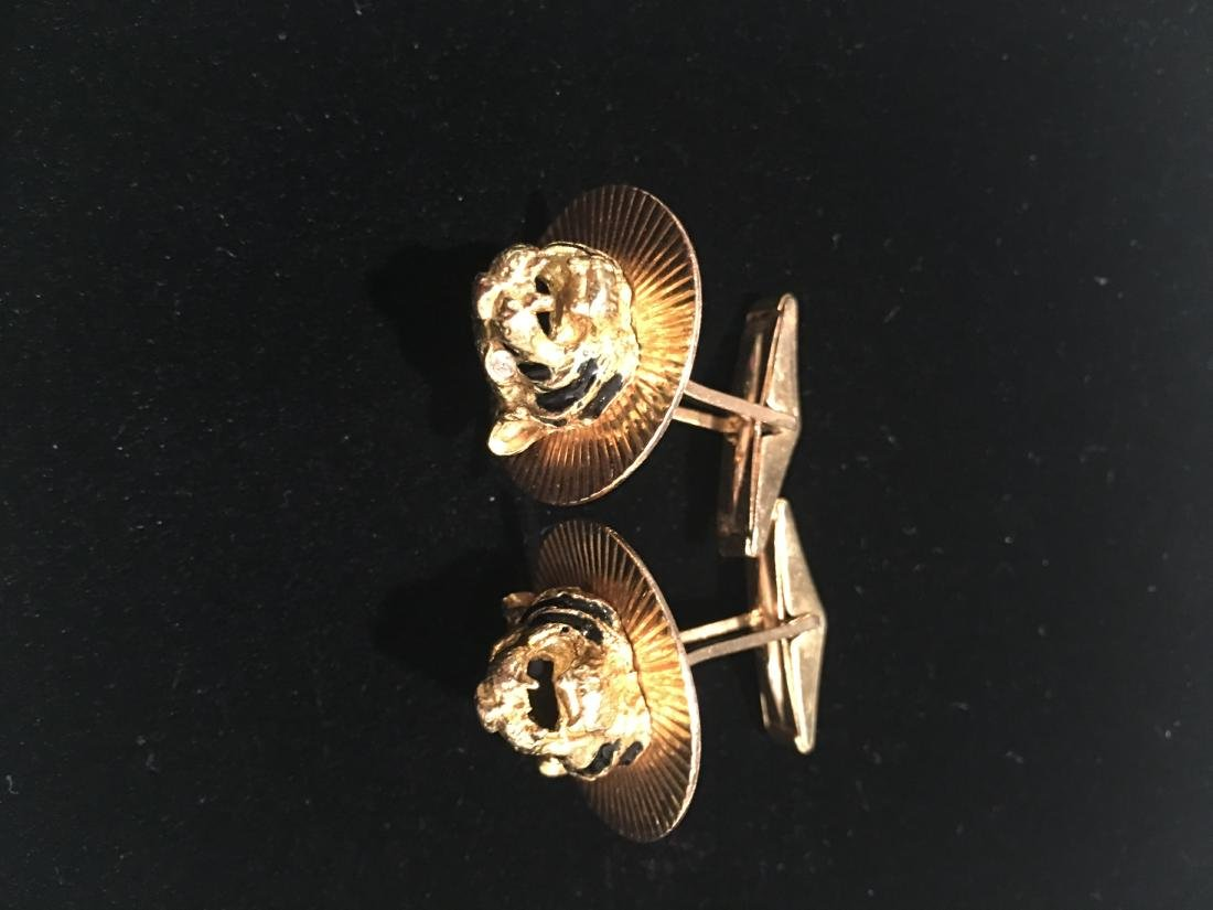 Vintage pair of cufflinks 14kt and 18kt gold enamel and - 2