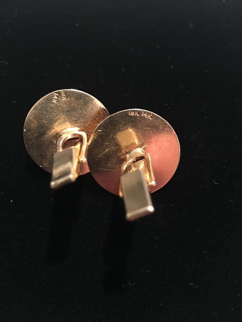 Vintage pair of cufflinks 14kt and 18kt gold enamel and - 3