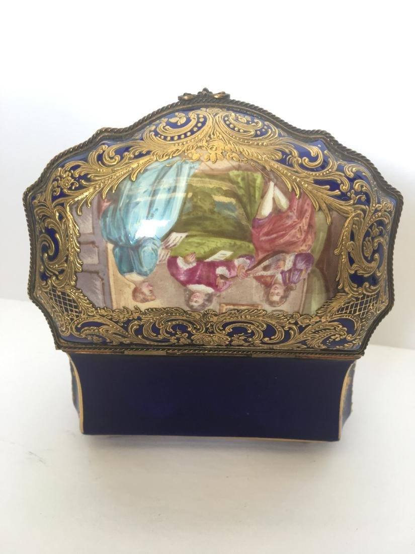 Antique handpainted sevres porcelain jewelry box - 3
