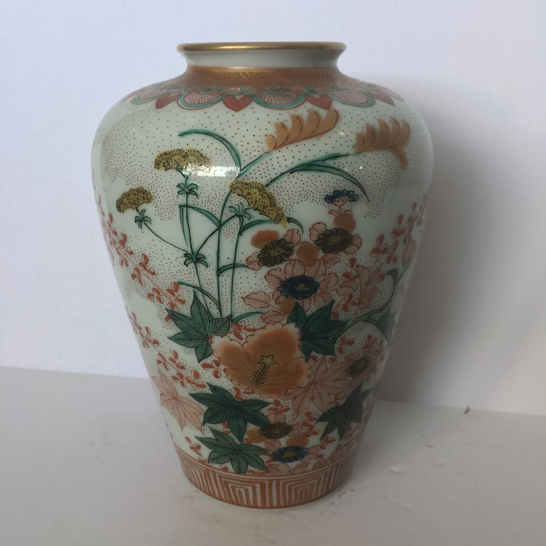 Old japanese kutani handpainted vase - 2
