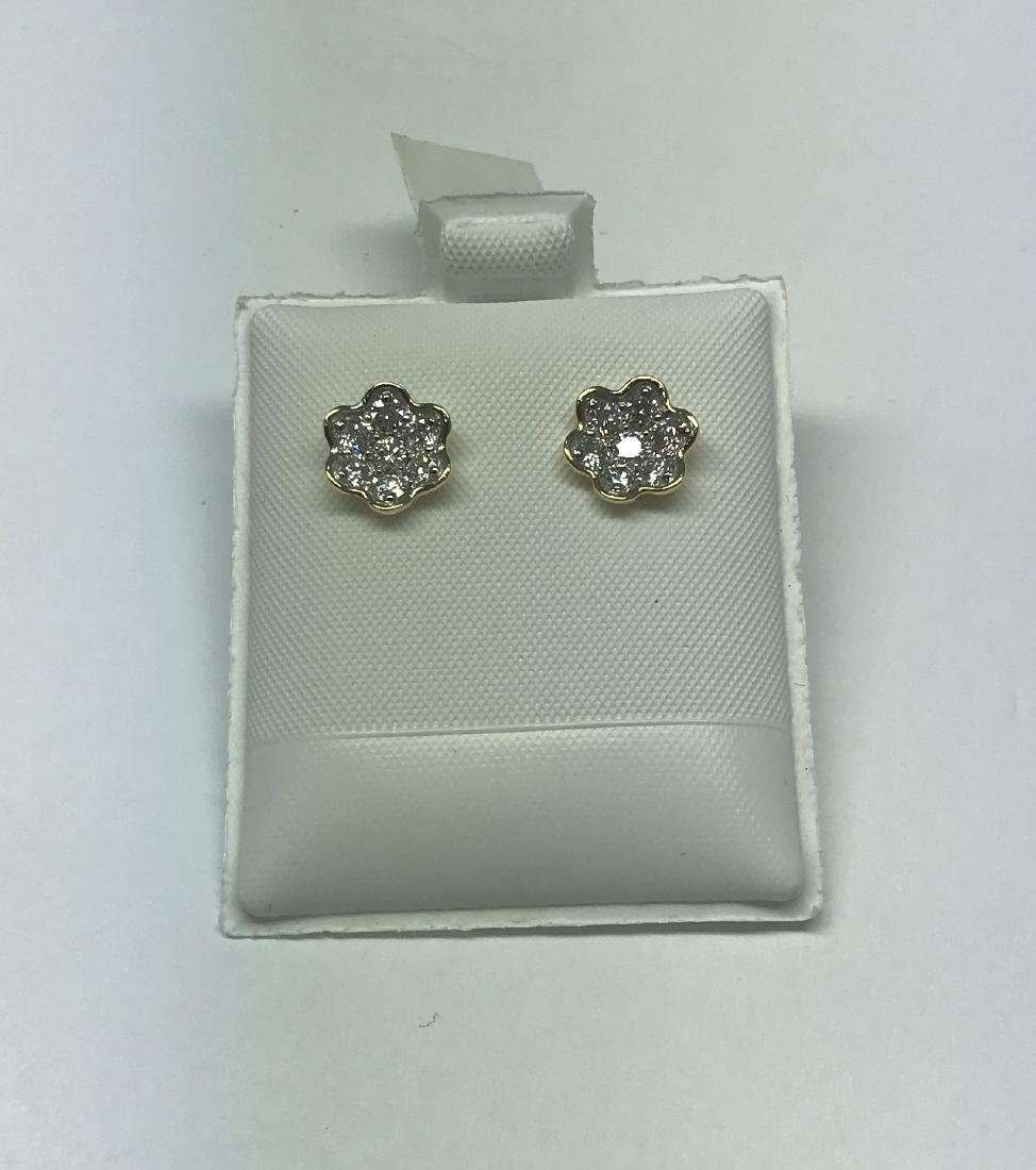 Certified Gold and diamond earring