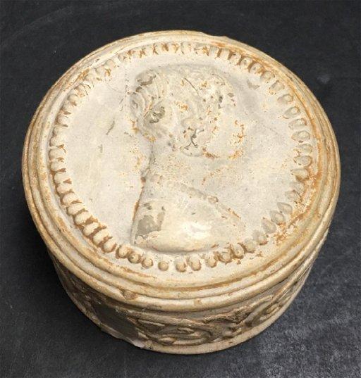 Antique Manifattura Di Signa Italian covered box with - Nov ...