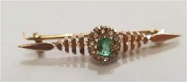 Antique Pin 18 k gold Emerald and diamonds