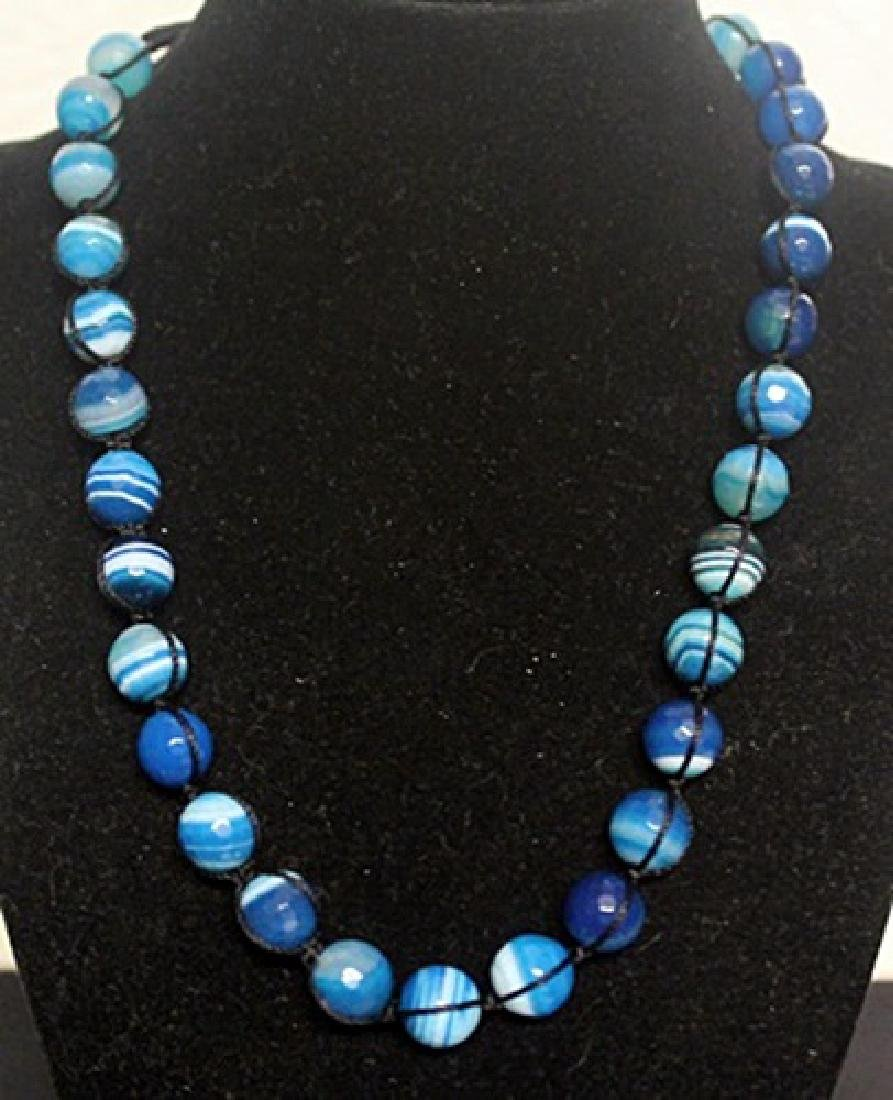 Beautiful Blue Agate Necklace (50ZF)