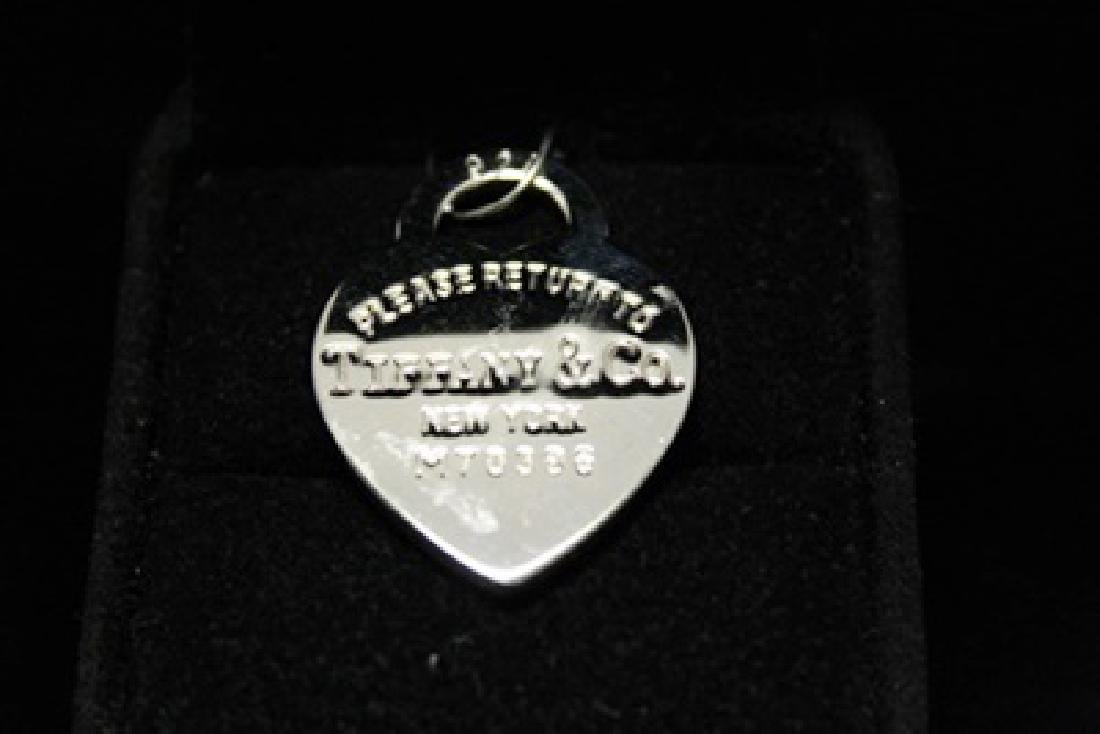 Fancy T & Co. Heart Silver Pendant (44M)