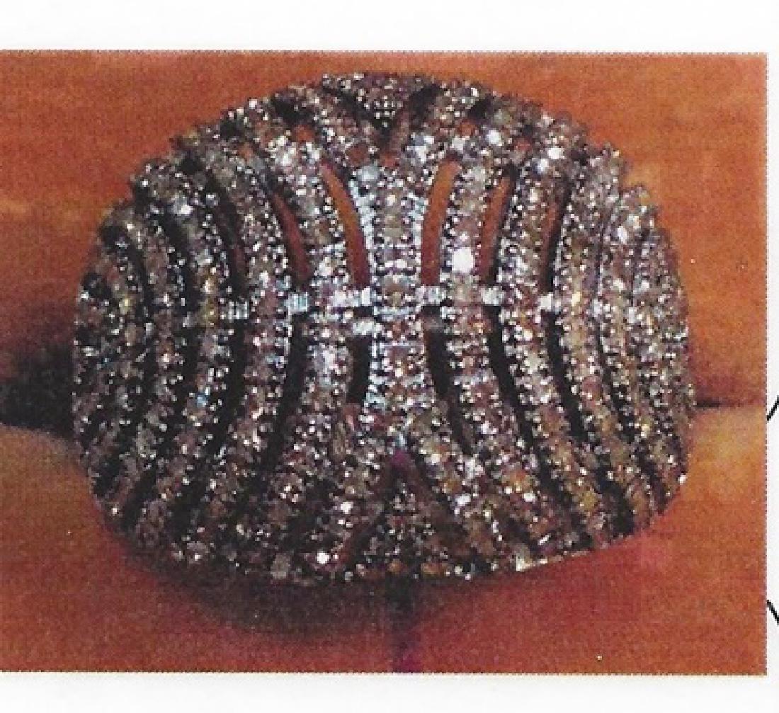 Ladys silver diamond design ring