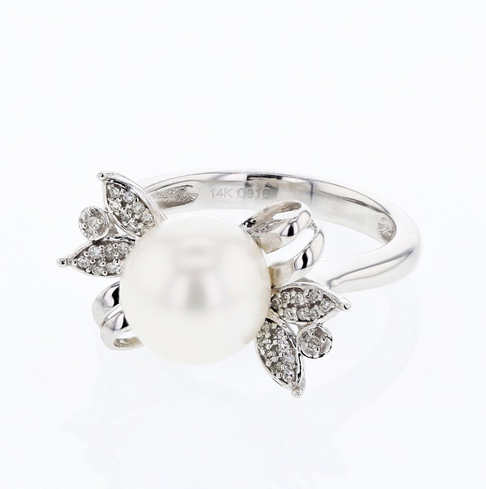 Fresh Water Pearl Ring With Diamond Leaves  In 14K