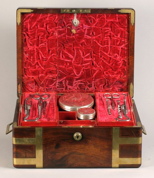 A campaign dressing chest
