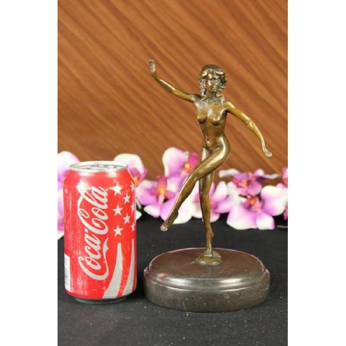 CLASSIC PIN UP GIRL BRONZE SCULPTURE NUDE STATUE