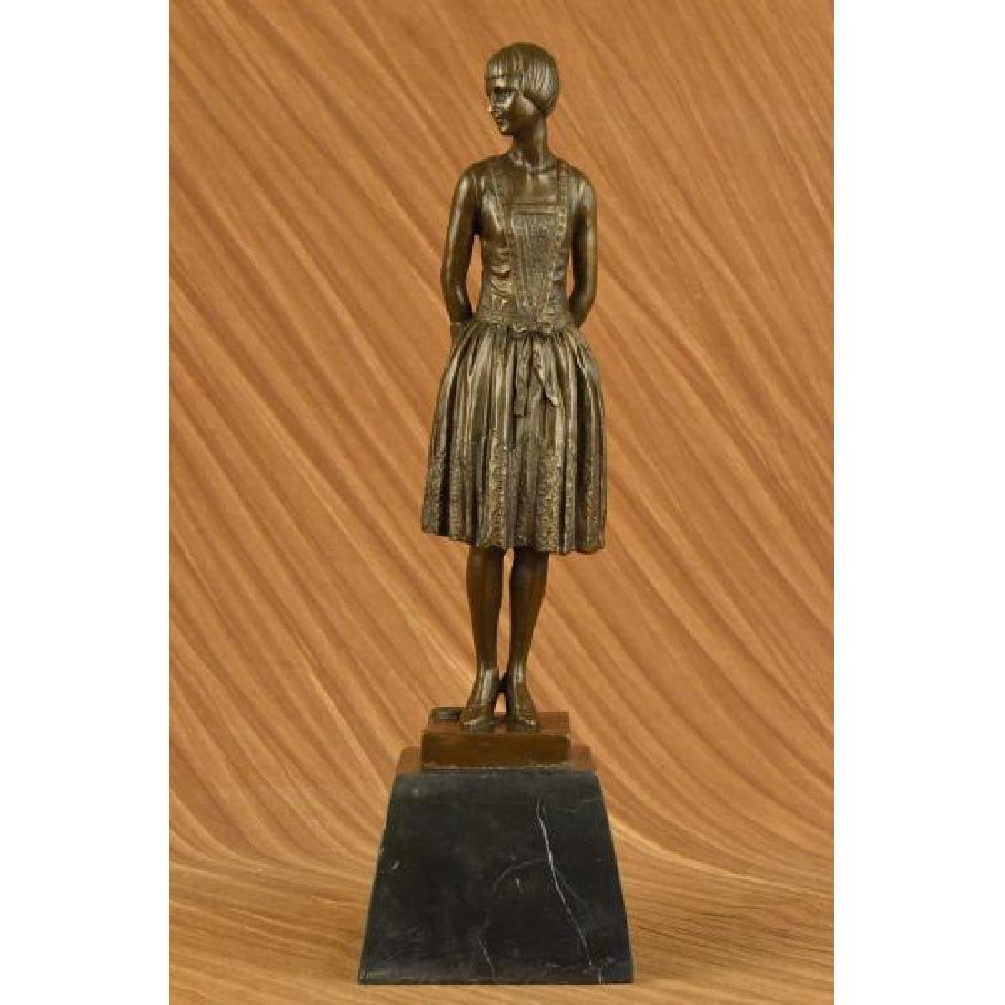 Mom Housewife Bronze Sculpture Marble Base Statue Home