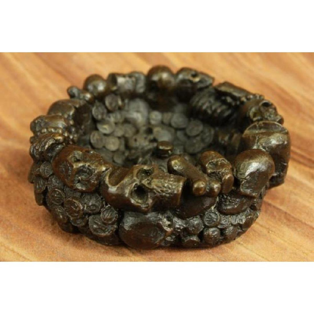 Sign Milo Skeleton Skull Skulls Bronze Ashtray Gothic