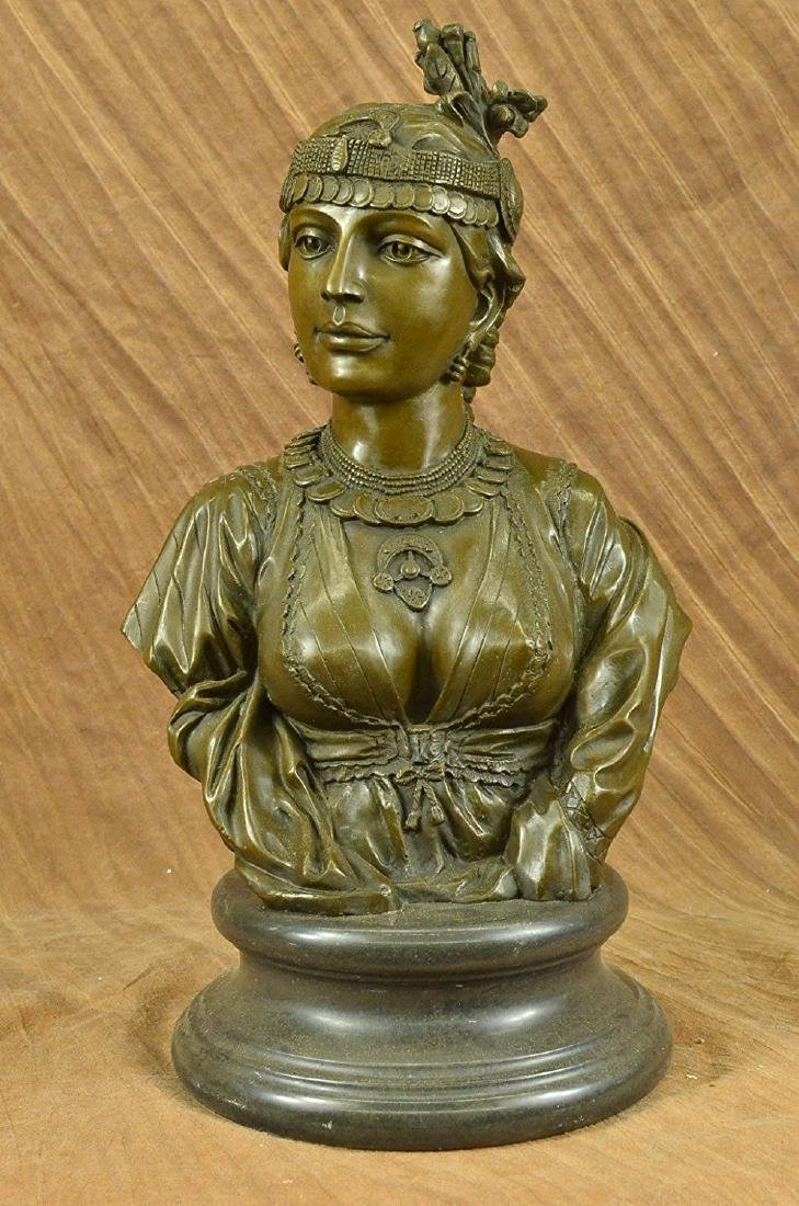 Egyptian Lady Le Caire Bronze Sculpture