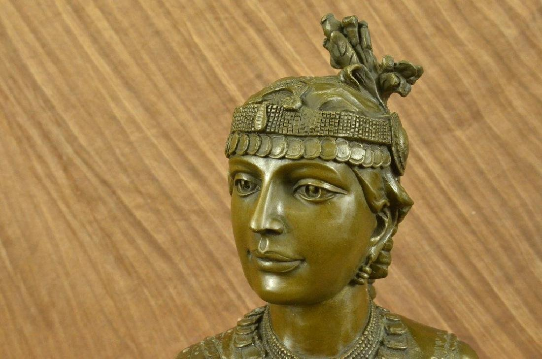 Egyptian Lady Le Caire Bronze Sculpture - 2