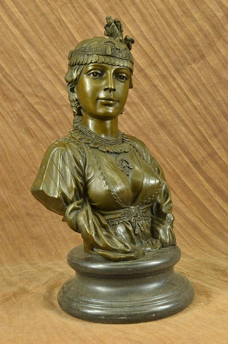 Egyptian Lady Le Caire Bronze Sculpture - 3