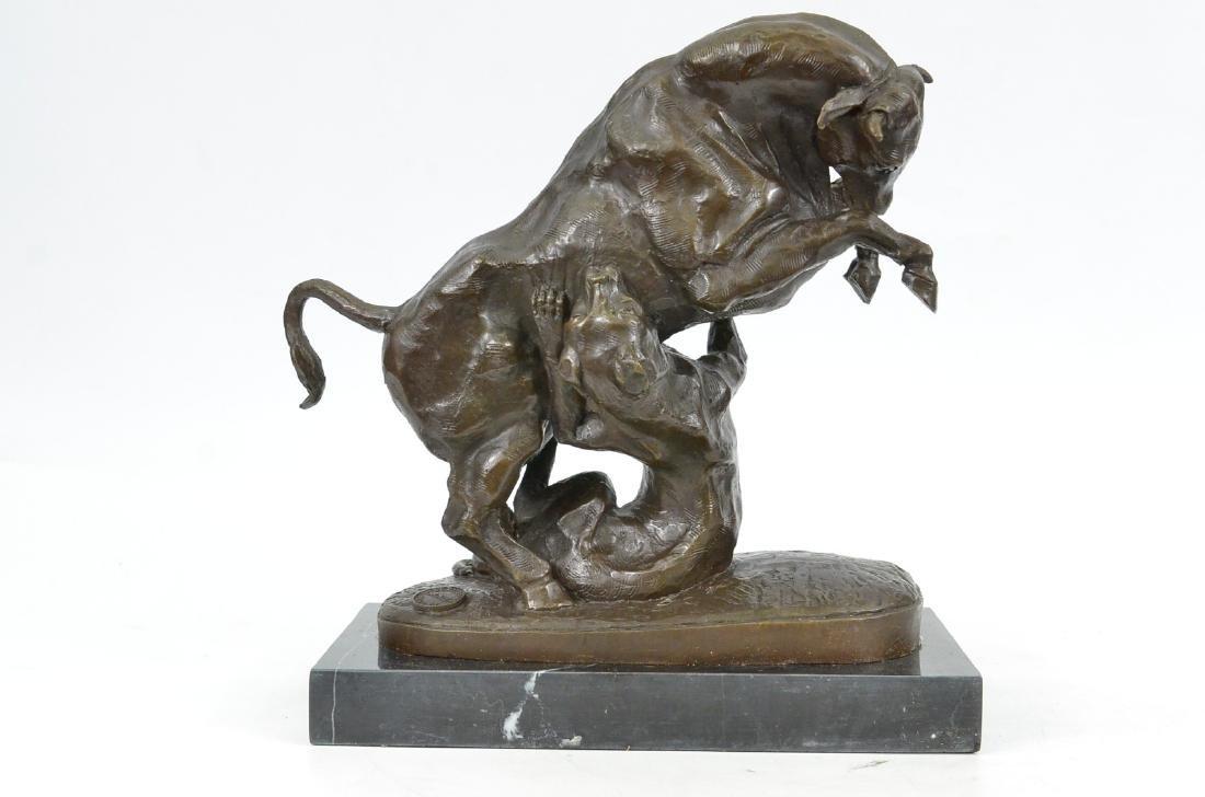 Confrontation between Bull Dog Bronze Sculpture