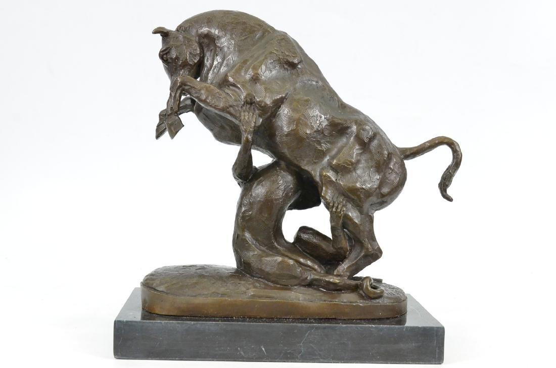 Confrontation between Bull Dog Bronze Sculpture - 4