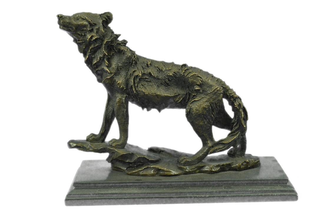 Wildlife animal edition Wolf Bronze Sculpture