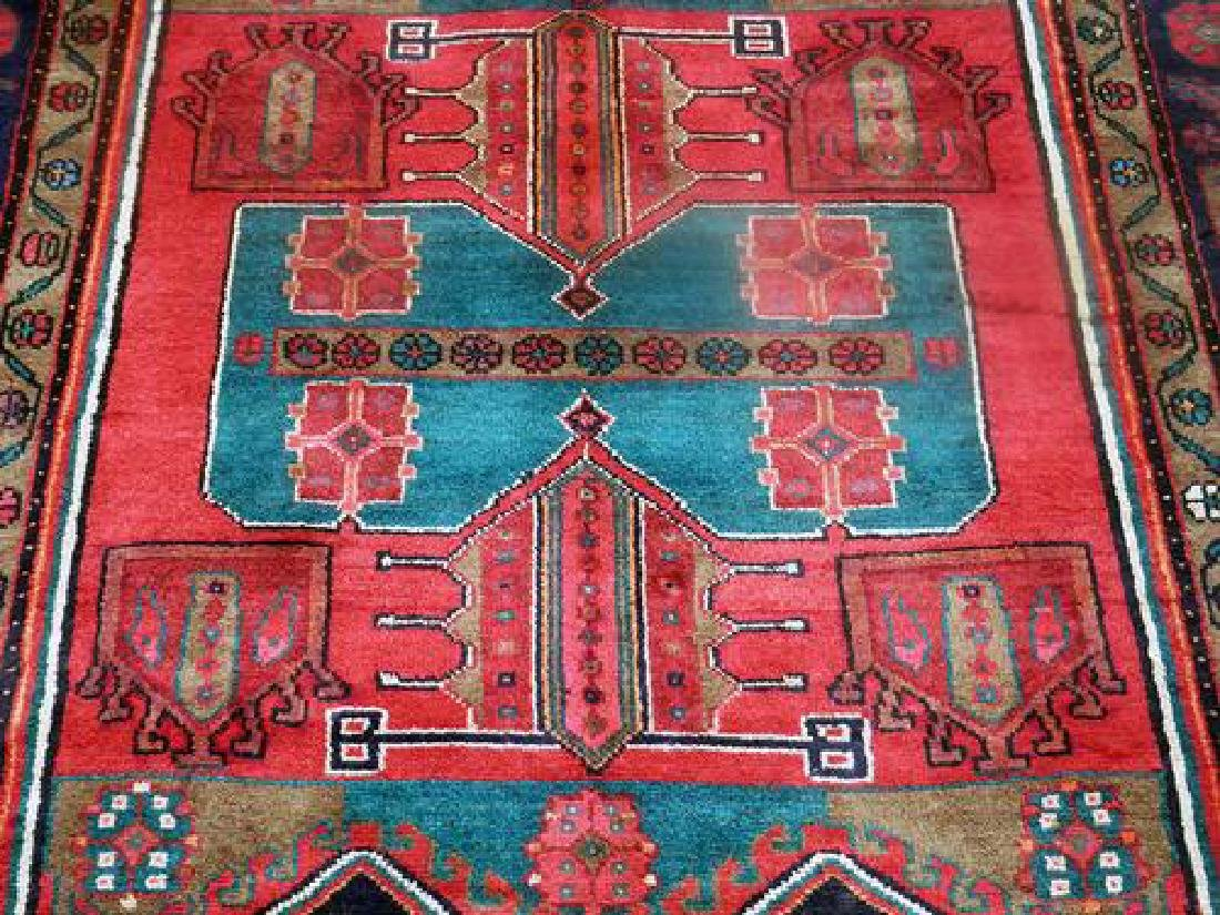 Fine Quality Attractive 4.9 X 10.6 feet Kermanshah Rug - 4