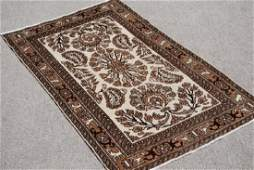 BEAUTIFUL TRADITIONAL DESIGN HAND MADE PERSIAN TABRIZ