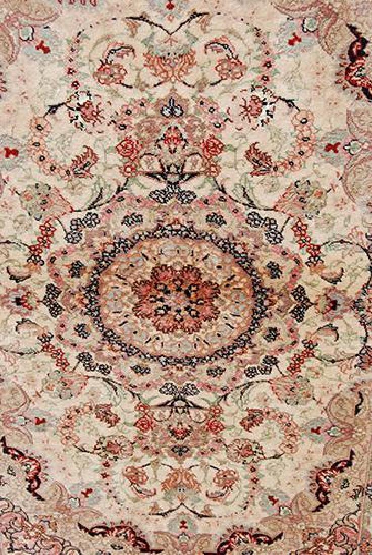 Stunning Persian Handmade Tabriz Rug w/ Silk Highlight - 4