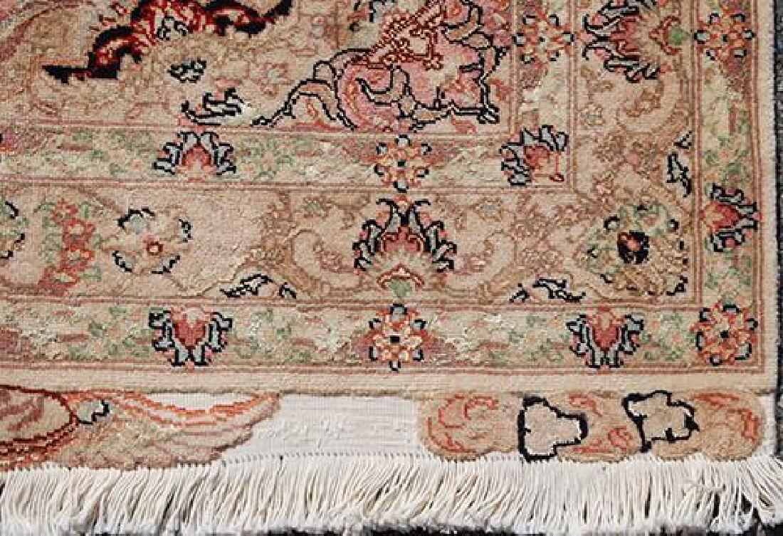 Stunning Persian Handmade Tabriz Rug w/ Silk Highlight - 5