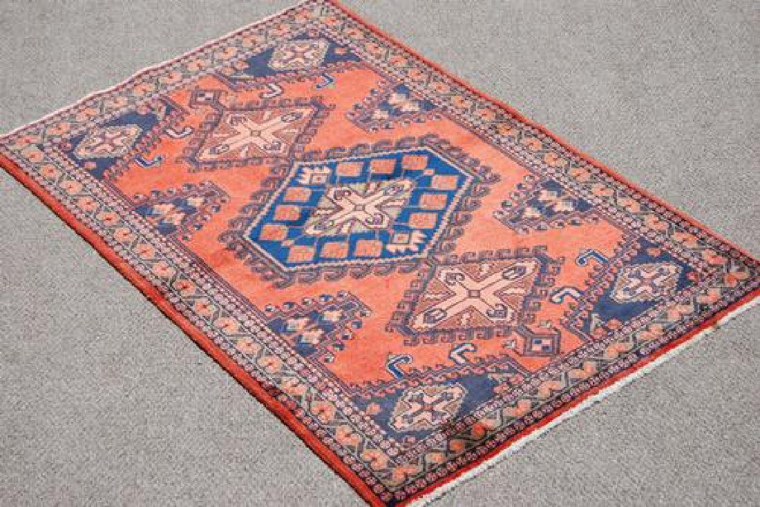 BEAUTIFUL AUTHENTIC HAND MADE PERSIAN VEESE RUG