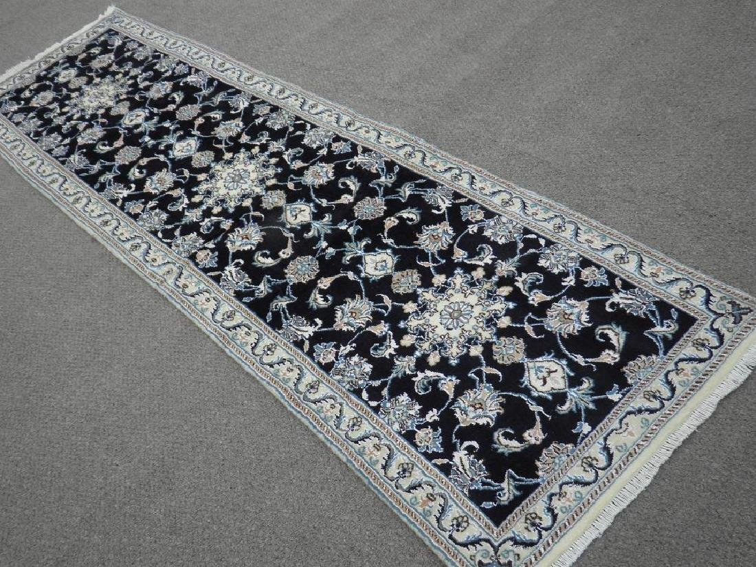 Handmade Wool/Silk Persian Nain 9x2.7 - 2