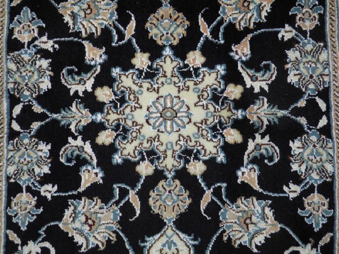 Handmade Wool/Silk Persian Nain 9x2.7 - 3