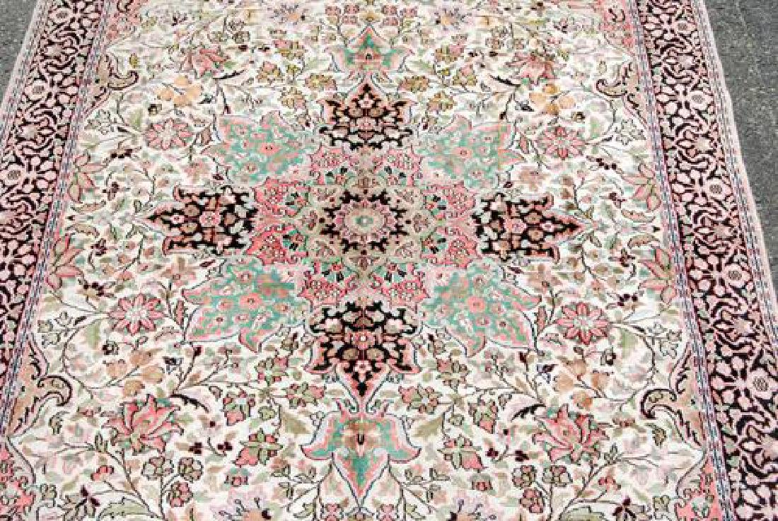 Handmade Silk Highlights Kashan 9.3x5.1 - 2