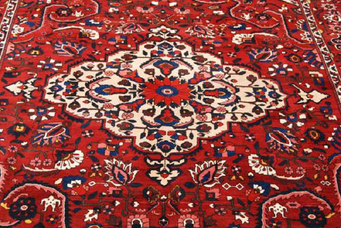 Rare Design Highly Detailed Persian Bakhtiari 13.8x10.5 - 2