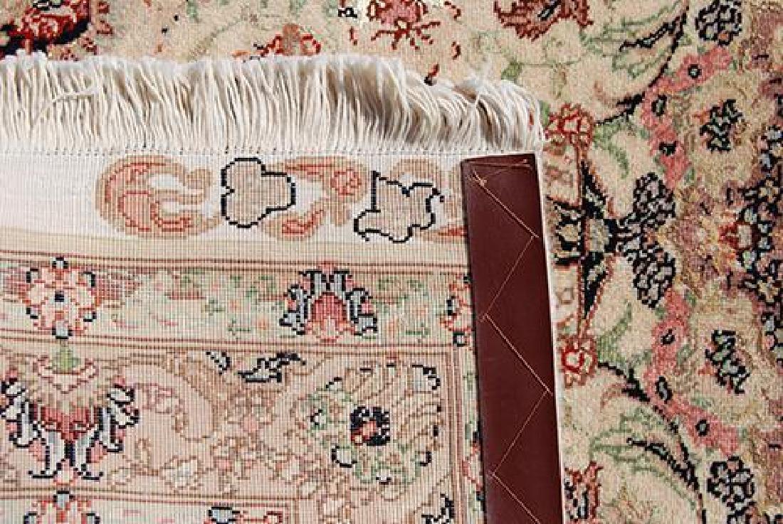 Stunning Persian Handmade Tabriz Rug w/ Silk Highlight - 3