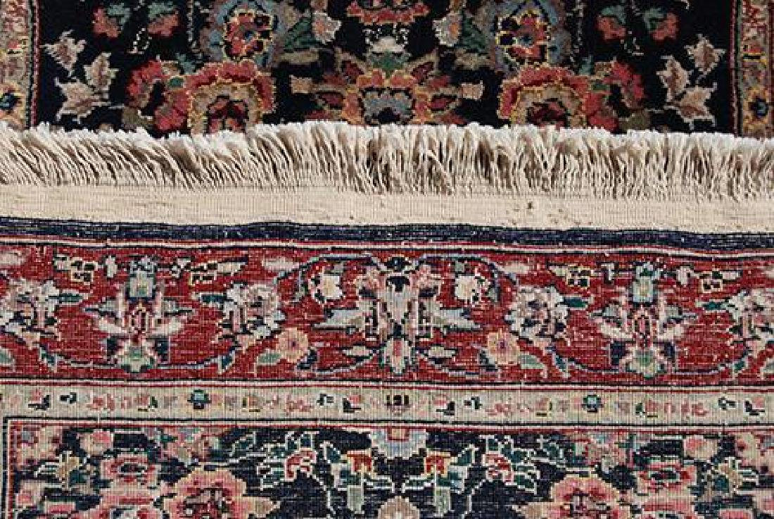 Eye-catching Kashan Design Runner W/Silk Highlights - 2