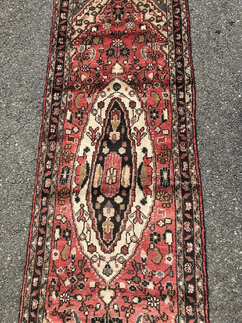 Fascinating Malayer Runner With three Medallion Design - 2