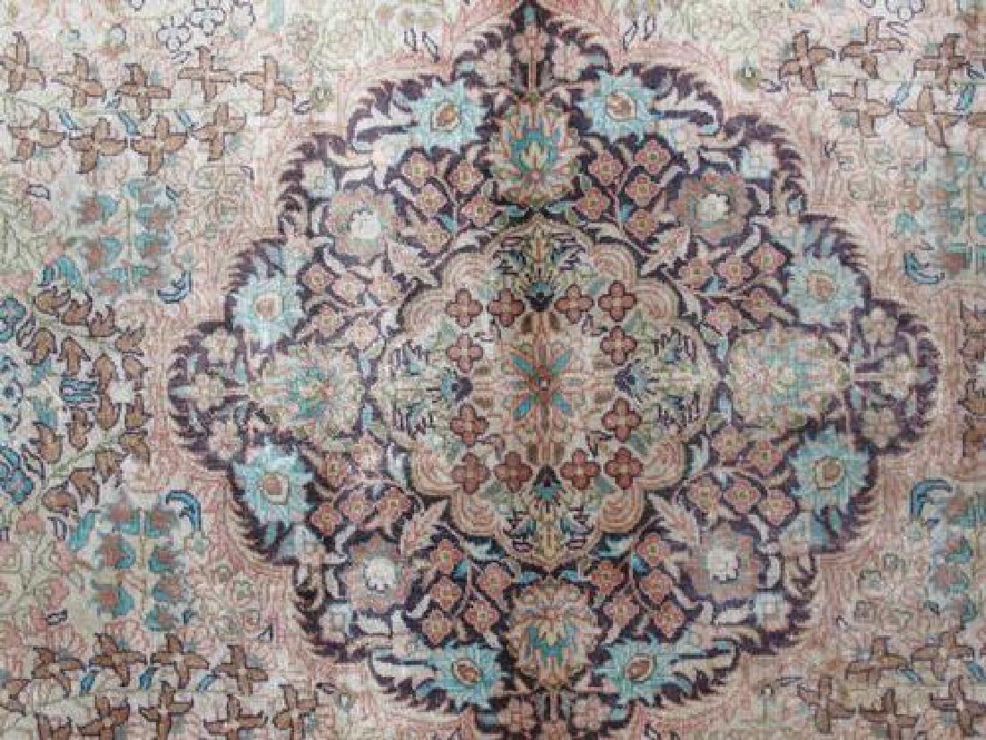 Gorgeous Nice Colors Semi Antique Floral Qum Design - 4