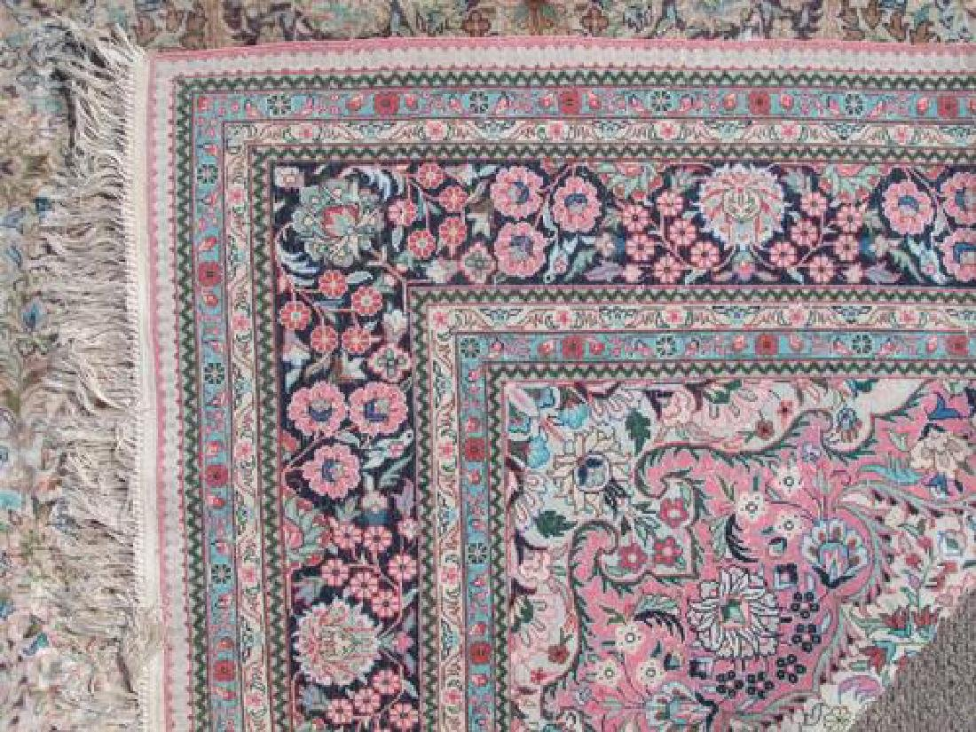 Gorgeous Nice Colors Semi Antique Floral Qum Design - 5