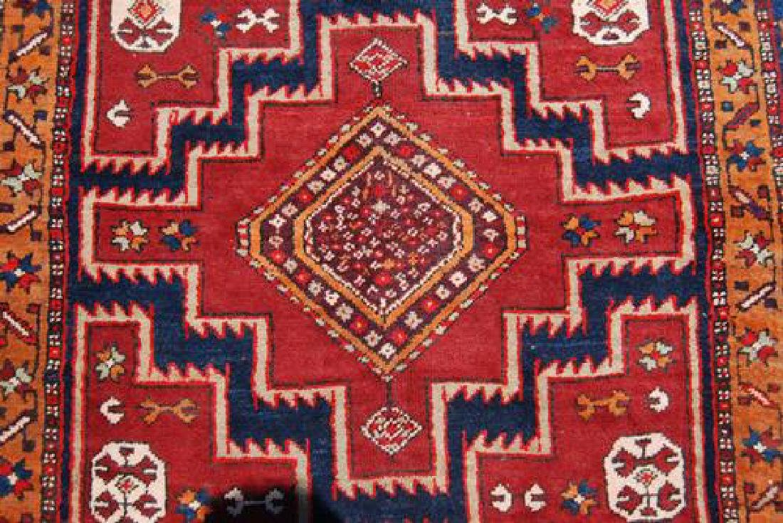 VISUALLY APPEALING HAND WOVEN PERSIAN MESHKIN RUNNER - 3