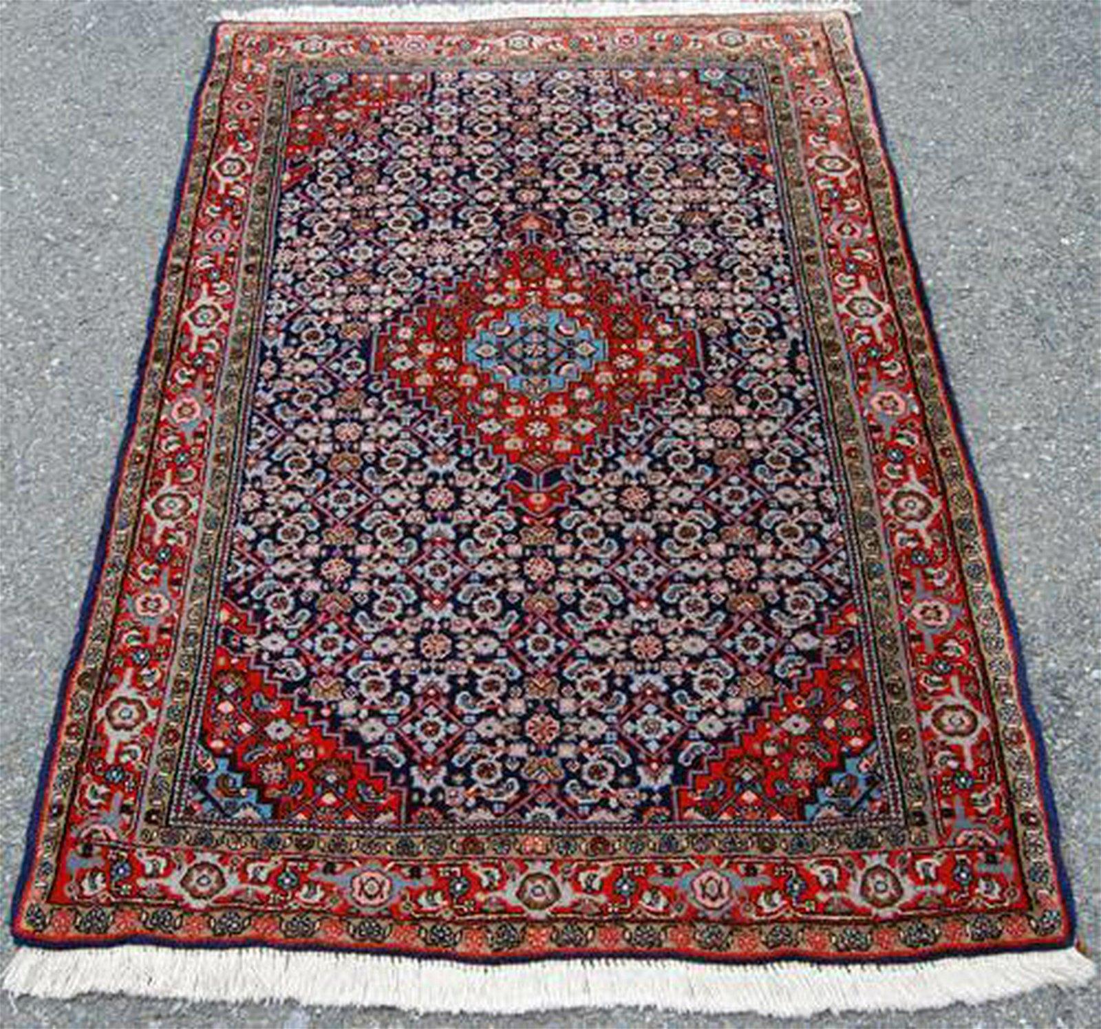 Fine Knotted Hand Woven Persian Sanandaj Senneh