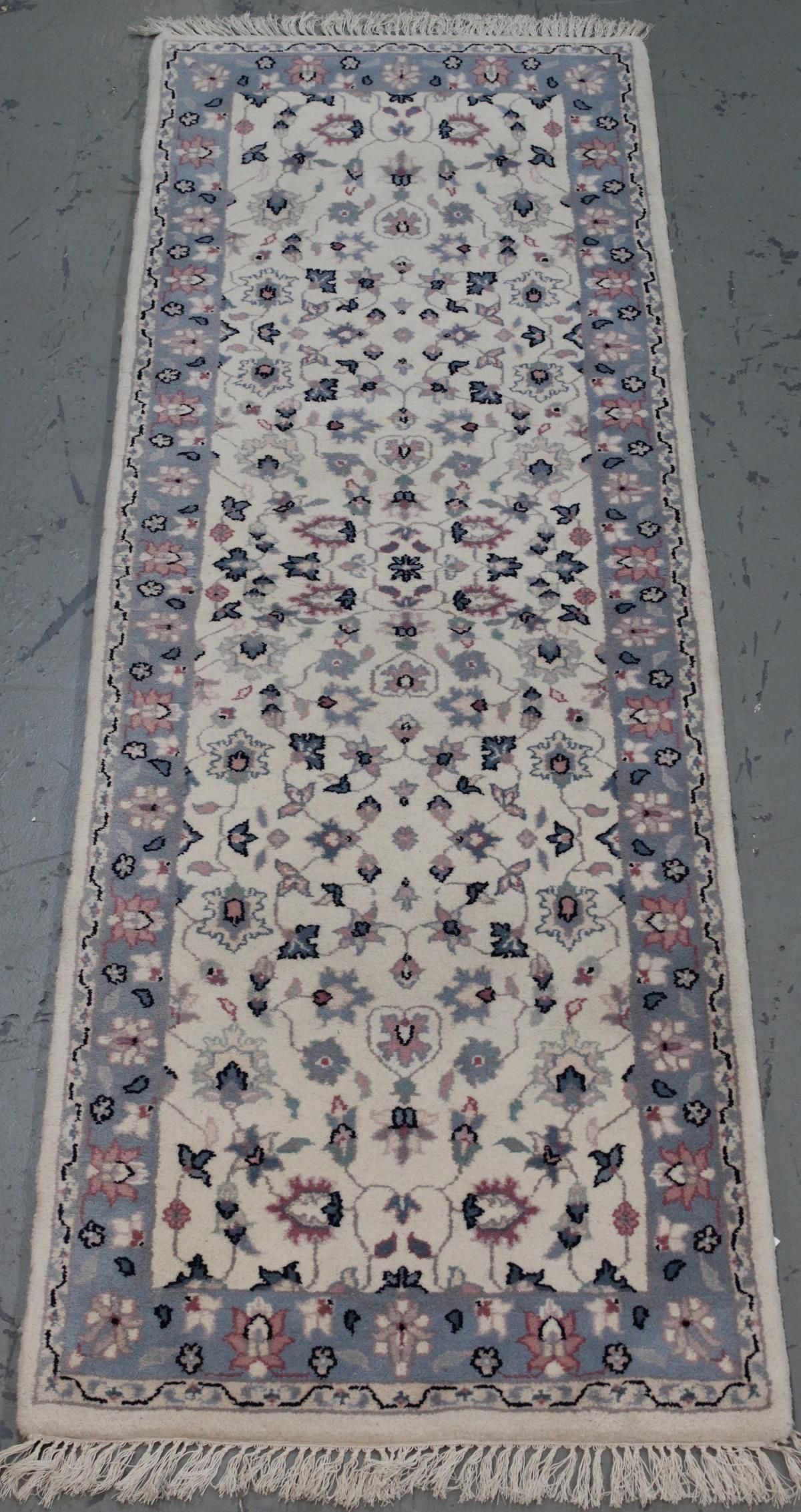 Handmade Indo Persian Design Runner 2.7x7.11