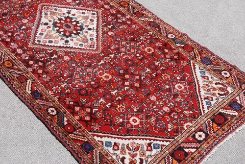 FINE LOOKING AUTHENTIC PERSIAN HOSSEINABAD