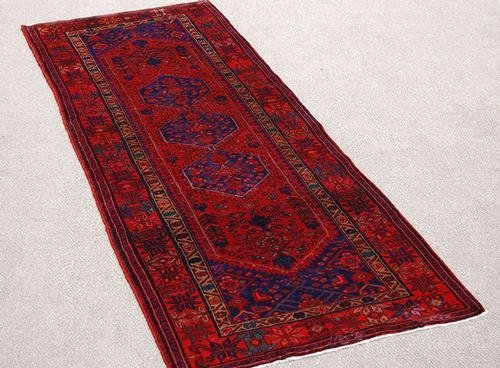 Highly Detailed Hand Woven Semi Antique Persian Hamedan