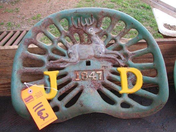 1162: JOHN DEERE 1847 CAST IRON IMPLEMENT SEAT