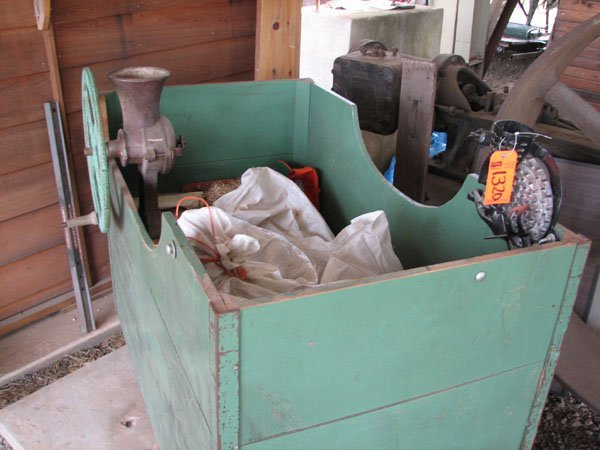 1320: CORN BIN WITH SHELLER AND GRINDER