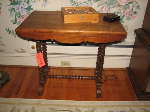8004: ANTIQUE GAME TABLE
